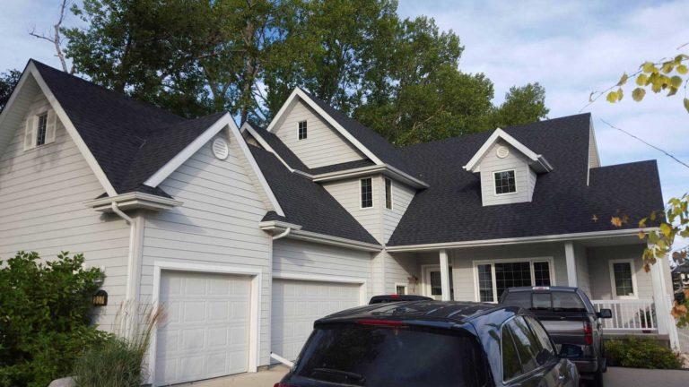 new roof contractor in winnipeg